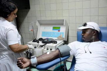Los cubanos somos un pueblo generoso. Las donaciones de sangre así lo demuestran.