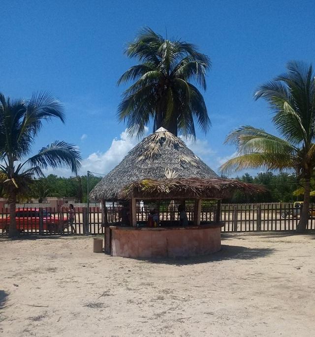 Centro recreativo Villa la Playita de Batabanó inicia sus servicios.