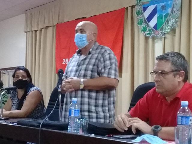 Coordinador Nacional de los Comité de Defensa de la Revolución Carlos Rafael Miranda.