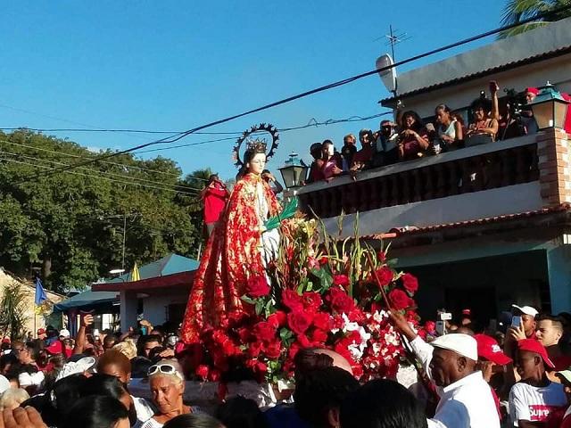 Pueblo de Güines rinde tributo a Santa Bárbara (+ Audio)
