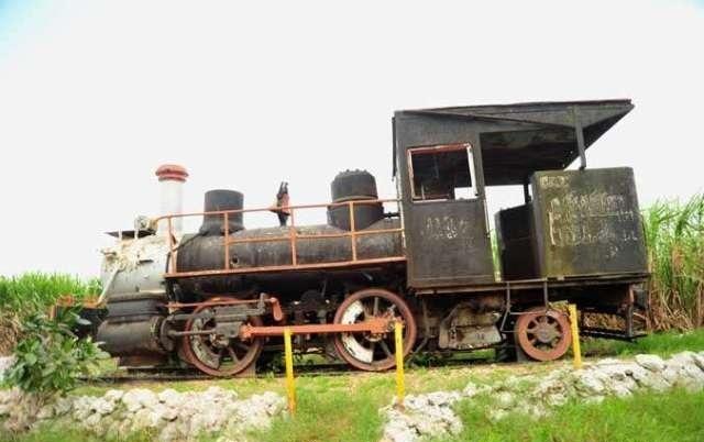 La dama de hierro que custodia la vieja estación