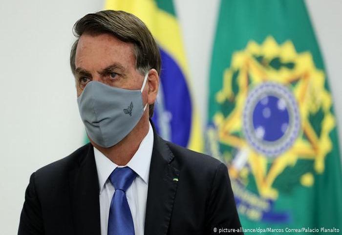 Brasil: Bolsonaro aparentó tener COVID-19 para promocionar cloroquina