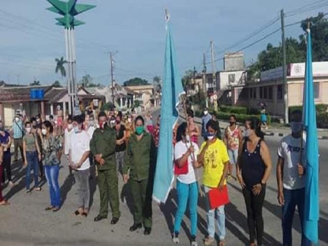 Recorrió Mayabeque bandera 60 aniversario de la Federación de Mujeres Cubanas.