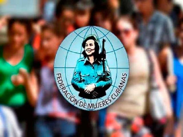 Reciben en Mayabeque bandera 60 aniversario de la FMC