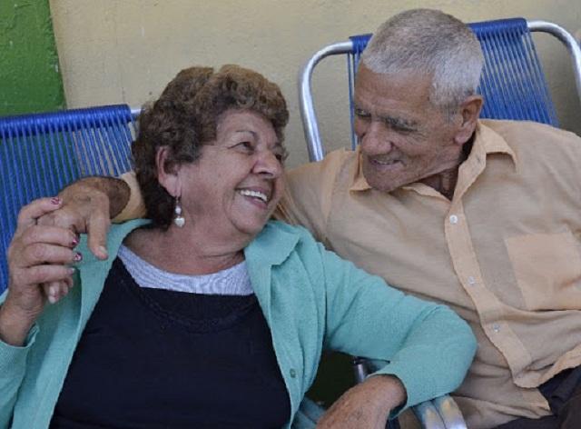 Abuelos: eslabón fundamental en la sociedad