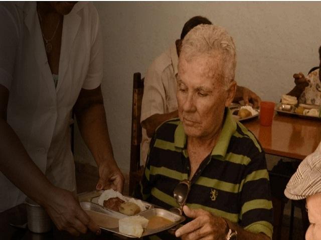 La estabilidad en la dieta influye en la salud de los abuelos