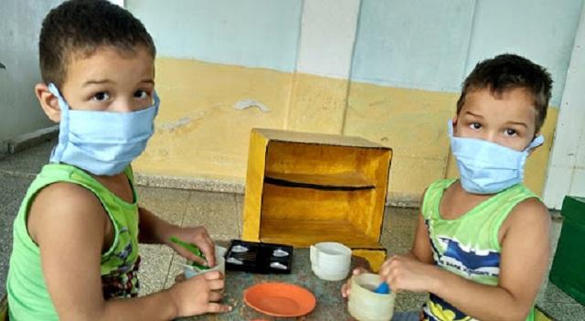 Educadores de Quivicán por un curso escolar sin riesgos