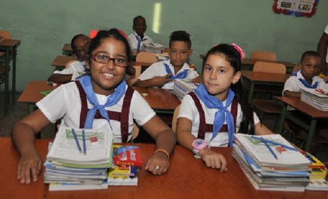 En Madruga acondicionan las escuelas para reinicio del curso escolar (+ Audio)
