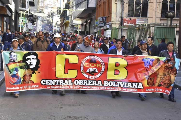 Caos y desestabilización en Bolivia.