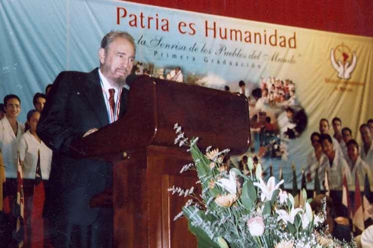 Destaca Díaz-Canel legado de Fidel Castro en doctrina médica de Cuba