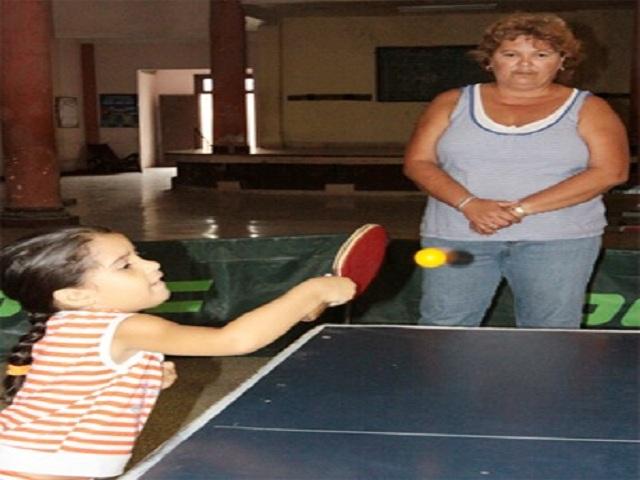 Madelaine de Armas Núñez: la Zurda de Oro del tenis de mesa.