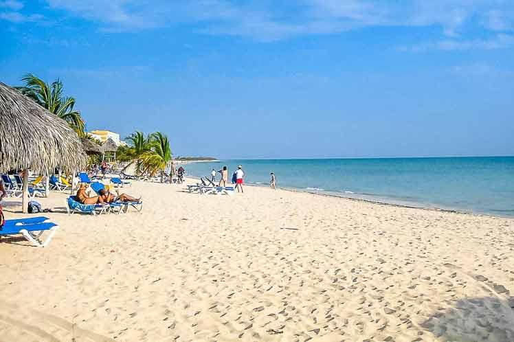 Ministerio de Turismo anuncia medidas para turistas nacionales residentes en La Habana.