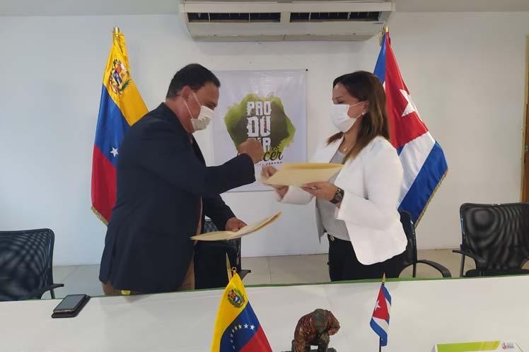 Relanzan Venezuela y Cuba proyecto de agricultura urbana.