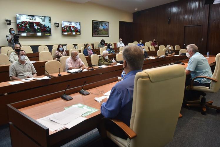 Autoridades de Cuba piden rigor en aplicación de medidas sanitarias