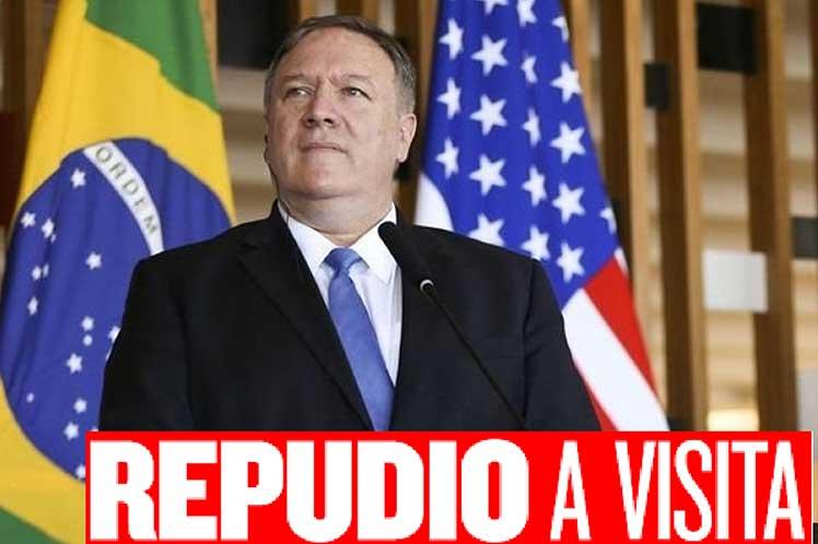 Repudian visita de Mike Pompeo a Brasil