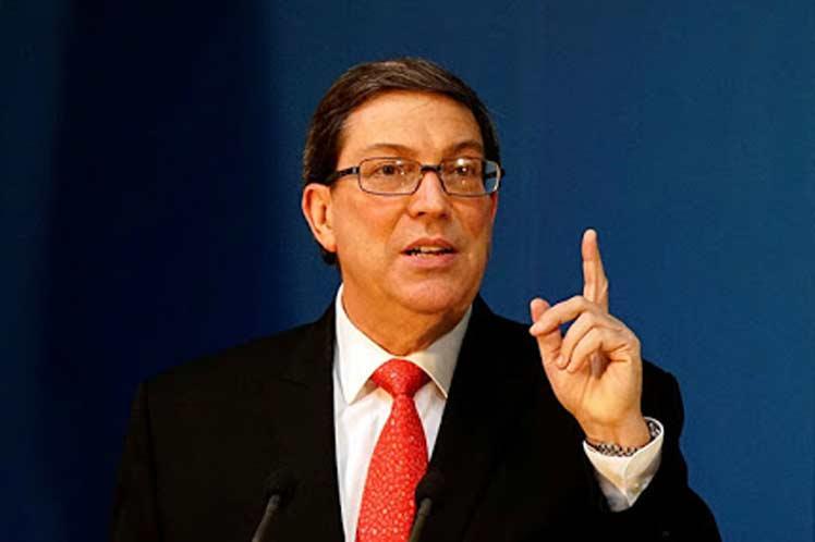 Cuba denuncia bloqueo financiero de Estados Unidos