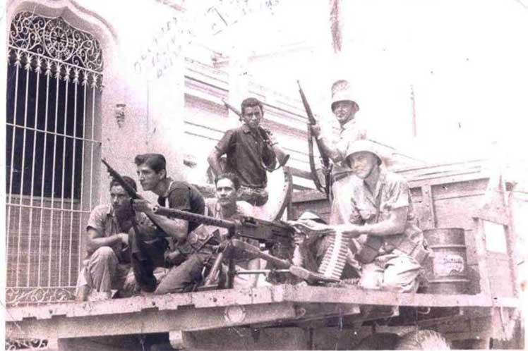Cuba rinde tributo a mártires de levantamiento armado popular de 1957