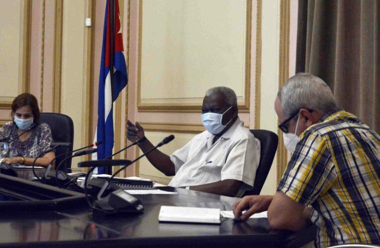Analizan temas vitales comisiones del Parlamento
