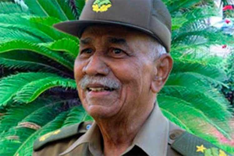 Cuba: Evocan a Juan Almeida en aniversario de su desaparición física
