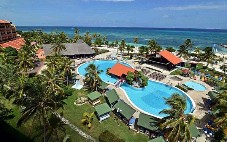 Reciben instalaciones turísticas de Cuba importante premio ambiental