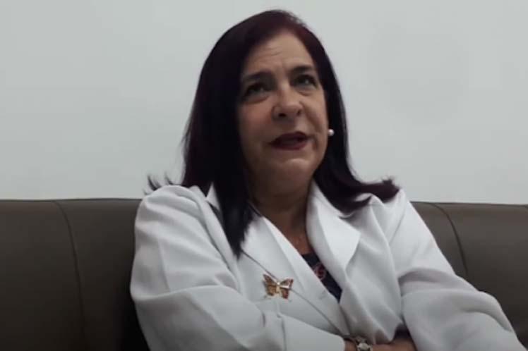 Eligen doctora cubana para grupo mundial sobre medicina regenerativa