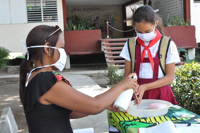 Reinició el curso escolar en gran parte de Cuba