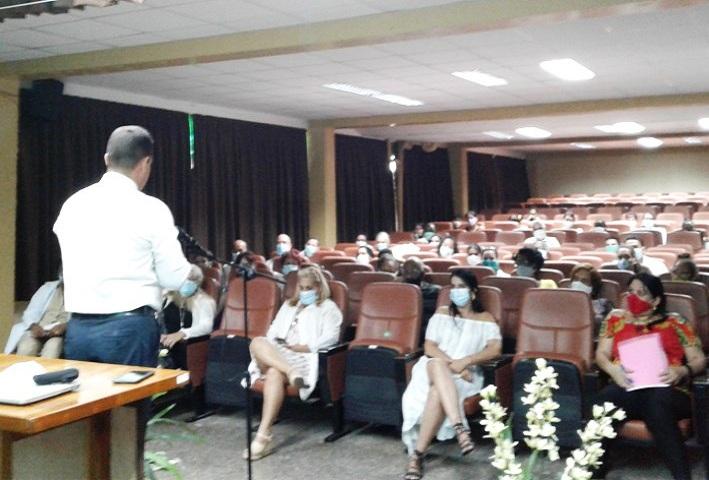 Sesionaron en Mayabeque talleres de redacción de artículos científicos y ética de la investigación.