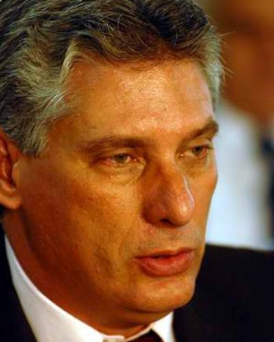 Díaz-Canel condena nueva medida sobre envío de remesas a Cuba
