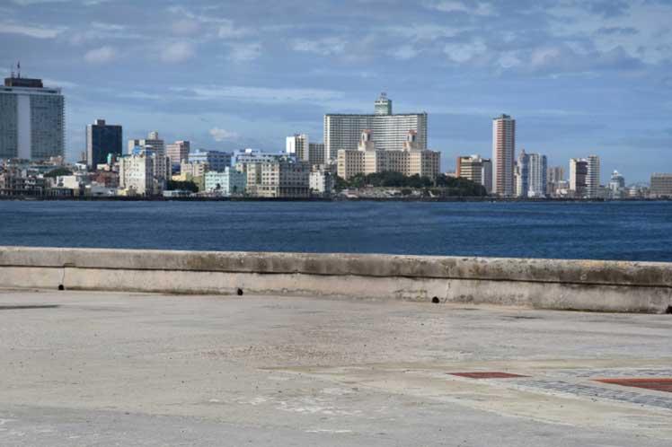 La Habana retoma curso a normalidad tras mayor control de Covid-19