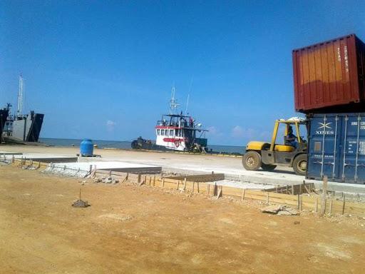 Suspenden tráfico marítimo hacia y desde la Isla de la Juventud