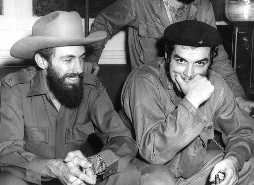 Camilo Cienfuegos y Ernesto Guevara