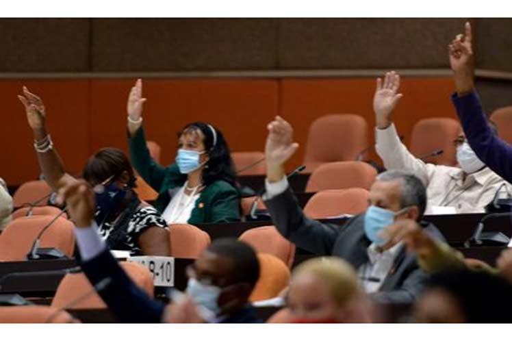 Los diputados a la Asamblea Nacional del Poder Popular de Cuba aprobaron hoy la Ley del servicio exterior. Foto: Prensa Latina