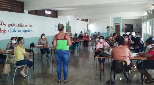 Preparan próximo período lectivo en Centro Mixto de Batabanó