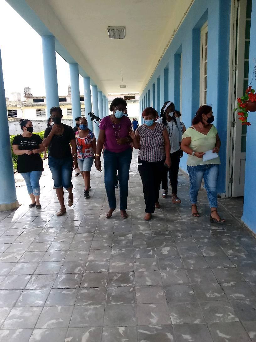 Supervisan preparativos para inicio del nuevo curso escolar en Mayabeque.