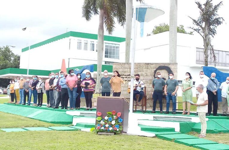 Recibe  Centro Nacional de Biopreparados Condición Vanguardia Nacional y Bandera Proeza Laboral (+Audio y Fotos)