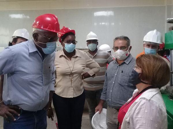 Salvador Valdés Mesa recorre entidades de interés económico en Mayabeque (+Fotos)