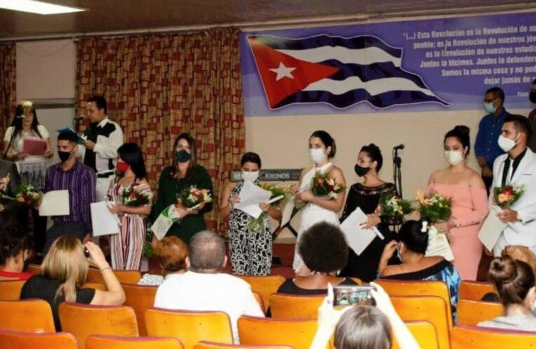 Universidad de Mayabeque realiza Acto de Reconocimiento a Mejores Graduados (+Fotos)