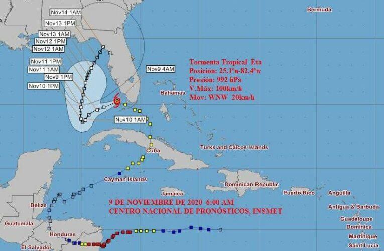 Eta se mueve sobre aguas del golfo de México