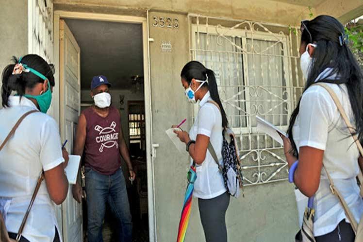 Díaz-Canel exalta aporte de jóvenes a vida socioeconómica de Cuba