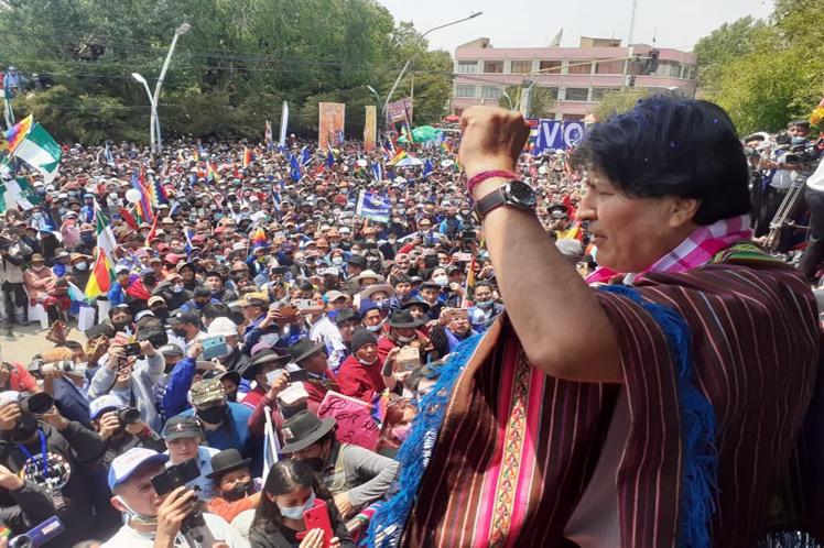 Primer discurso público de Evo Morales tras retornar al país proveniente de Argentina. Foto: Prensa Latina