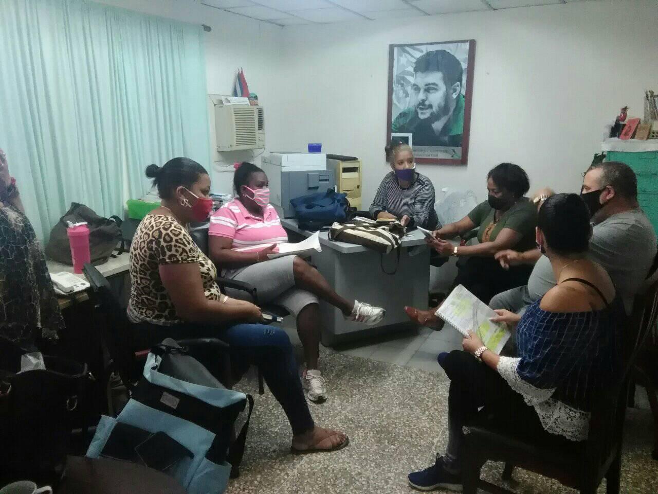 Grupo de trabajo del Consejo de Defensa Municipal. Foto: Cortesía de la autora