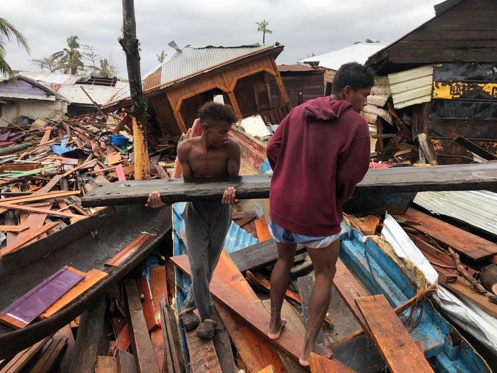 Huracán Iota deja al menos 12 muertos en Centroamérica y el Caribe.