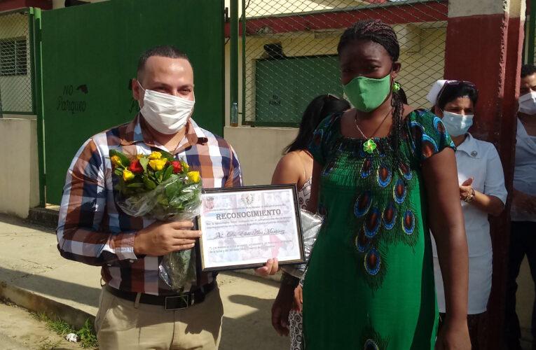 Reciben en Mayabeque a destacado médico internacionalista (+Audio, Fotos y Videos)