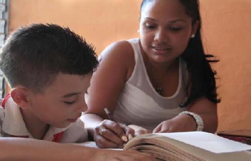 La familia: la primera escuela (+ Audio)