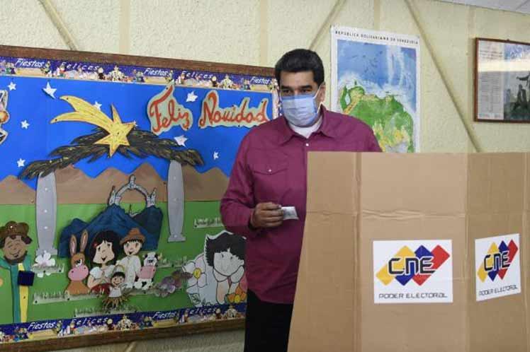 Díaz-Canel Congratulates Venezuela on Parliamentary Elections
