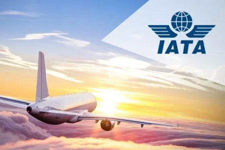 Asociación Internacional del Transporte Aéreo crea pasaporte sanitario para cruce de fronteras.