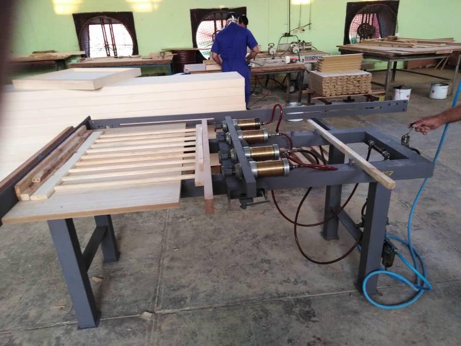 Fortalecen labor de los innovadores en fábrica de muebles de Batabanó.