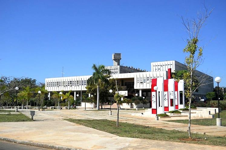 Reconocieron resultados científicos de investigadores de la Universidad Fructuoso Rodríguez.