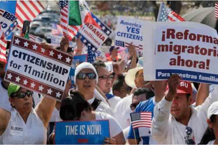 Biden avanza proyecto migratorio en Estados Unidos.