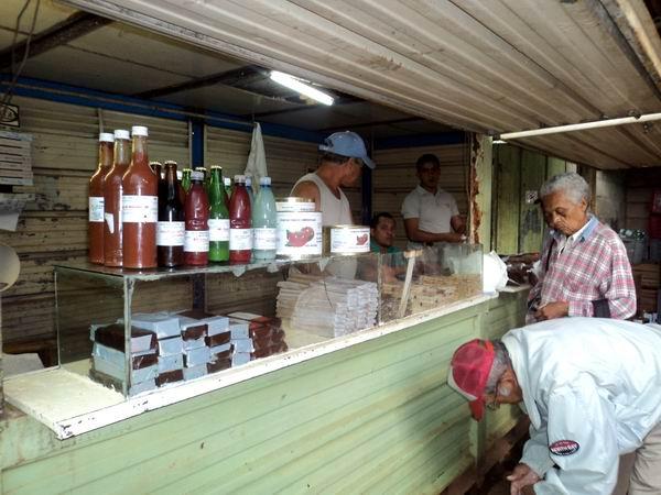 Responden trabajadores de minindustria de Batabanó a la producción de alimentos (+ Audio)